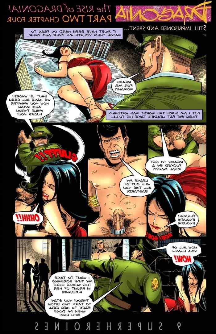 9-super-heroines-magazine-10 0_172150.jpg