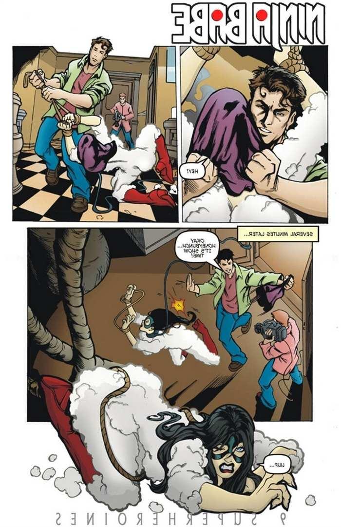 9-super-heroines-magazine-9 0_131922.jpg