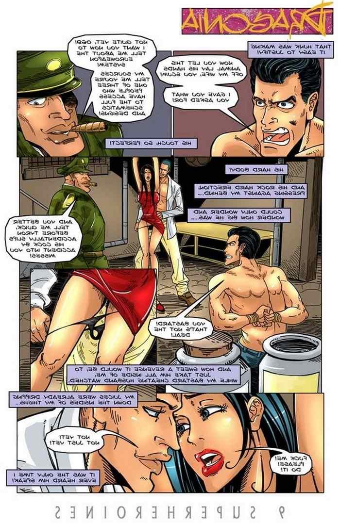 9-super-heroines-the-magazine-5 0_12017.jpg
