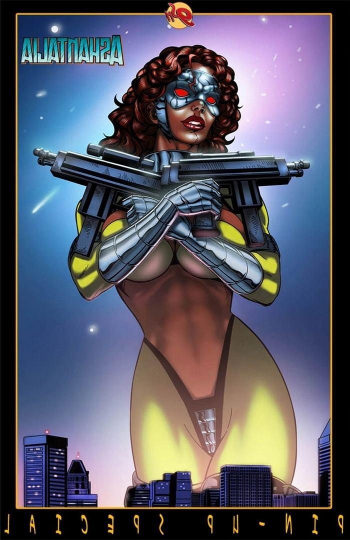 9-super-heroines-the-magazine-8 0_11967.jpg