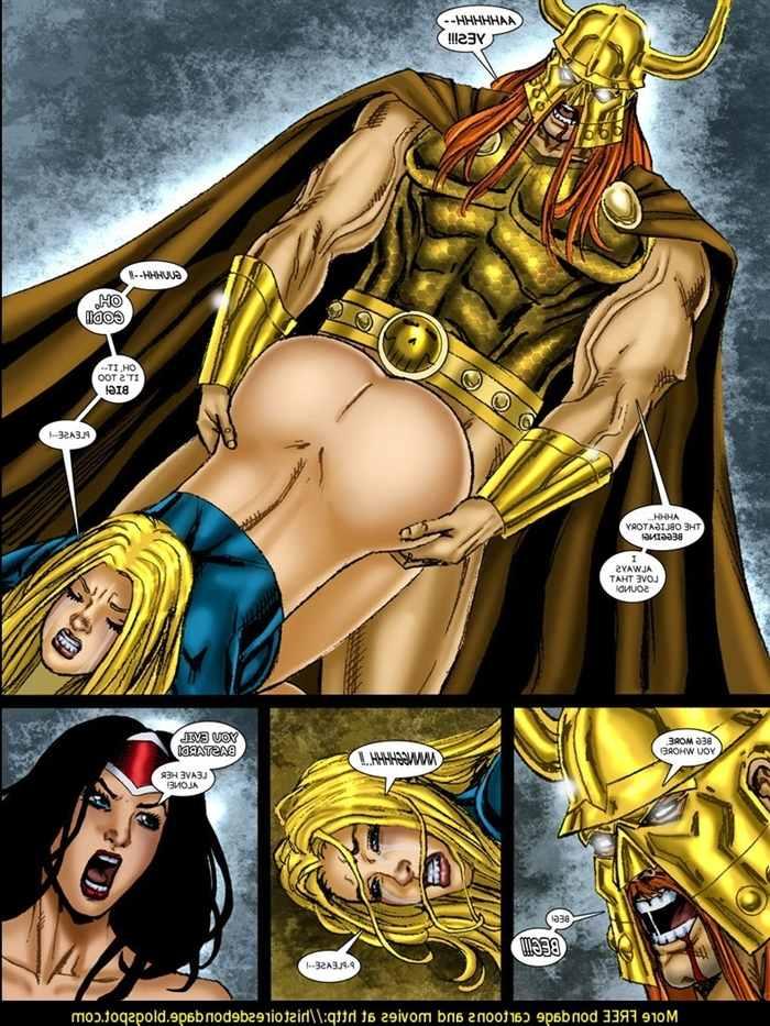 9-superheroines-vs-warlord-ch-3-matt-johnson 0_131696.jpg