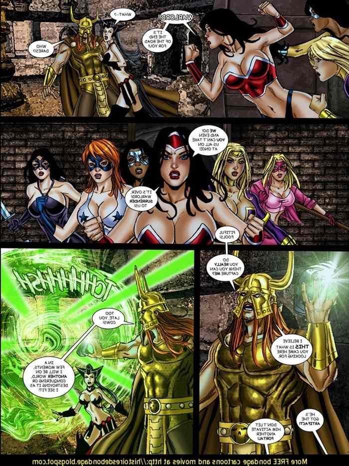 9-superheroines-vs-warlord-ch-3-matt-johnson 0_131723.jpg